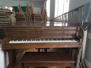 Baby grand piano for Sale in San Diego, CA