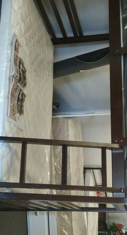 Bunk Bed W Ladder for Sale in Fresno,  CA