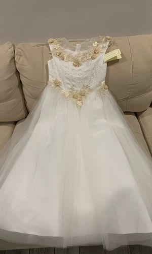 Size 8 flower girl dress or any special occasion for Sale in Miami, FL
