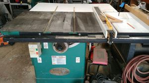 """Table saw Grizzley Industrial left tilt 12"""" 5 HP 220 volt, comes with Shopfox classic fence for Sale in Brook Park, OH"""