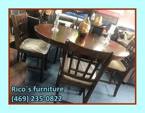 New table wht 4 chair for for Sale in Garland, TX