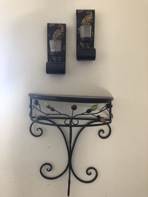 Wall accent shelves and decor for Sale in Manteca, CA