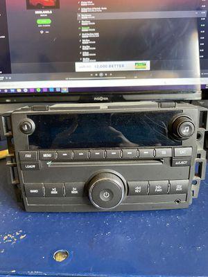 07 08 09 10 11 GMC YUKON Chevy Silverado Sierra AM/FM Radio CD Player pt# 15868809 OEM for Sale in Lynwood, CA