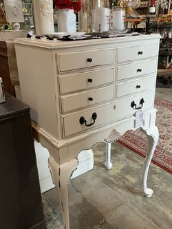 Refinished White Farmhouse Jewelry Chest for Sale in Bonney Lake,  WA