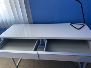 Marble white desk for Sale in Dracut, MA