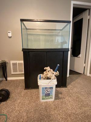 55 gallon fish tank aquarium for Sale in Haltom City, TX