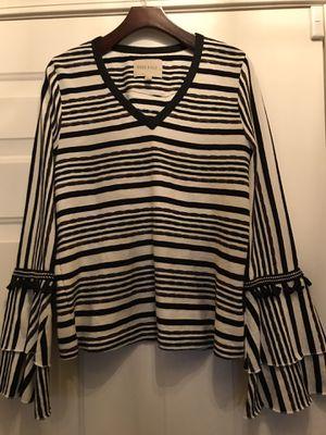 Women's medium boutique tops size medium for Sale in Fresno, CA