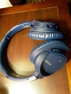 Sony bluetooth WH-CH700N HEADPHONES for Sale in Clearwater, FL
