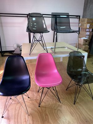 Modern chairs for Sale in Los Angeles, CA