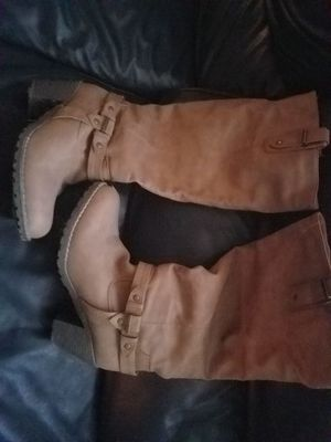 Like new size 8.5 womens boots for Sale in Manassas, VA