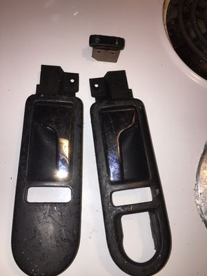 98-03 VW bug inside door handles with one lock switch for Sale in Vermilion, OH