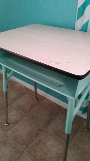 Desk kids for Sale in Phoenix, AZ
