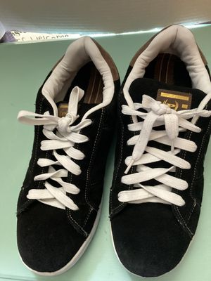 (P) shoes size 13 leather for Sale in Irving, TX