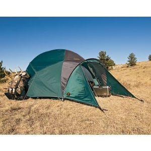 Cabelas Alaskan Guide 4 Season Tent for Sale in Charlotte, NC