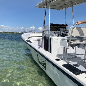 Boat Dusky 20 Feet Open Fish for Sale in Miami, FL