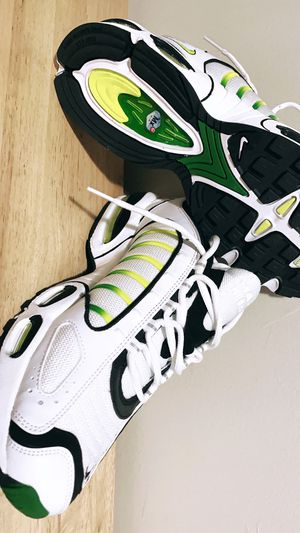 Air Max Tailwind 4 White Volt Black for Sale in Willow Springs, IL