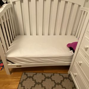 Graco Crib for Sale in Chicago, IL
