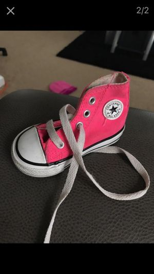 Pink converse size 4c for Sale in Cleveland, OH