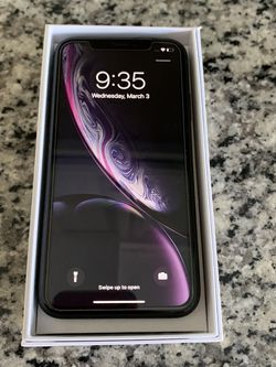 iPhone XR Carrier Unlocked - Black for Sale in Catonsville,  MD