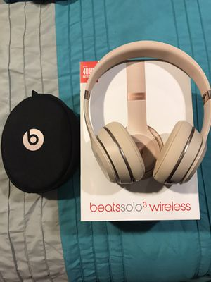 Beats solo 3 wireless for Sale in Woodbridge, VA