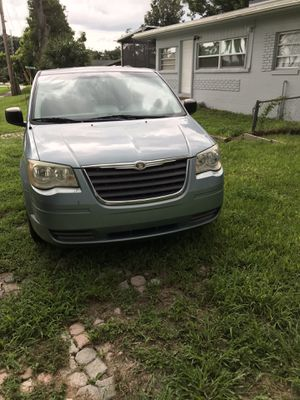 Chrysler town & country for Sale in Orlando, FL
