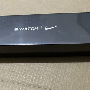 BRAND NEW SEALED Apple Watch Series 6 Nike 44MM GPS, Alum Case w/Pure Platinum/BLK Sport Band🔥🔥 for Sale in Glendale, CA