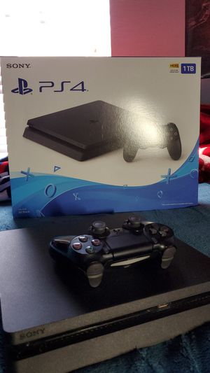 Ps4 slim 1tb with all cables for Sale in Immokalee, FL