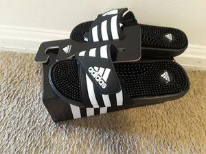 Vendo estas sandalia nuevas marca adidas número #8 serios compradores for Sale in Hyattsville, MD