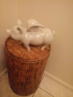 """***CUTE***""""WHEN PIGS FLY STATUE"""" .....Hog Heaven Collection for Sale in Decatur, GA"""