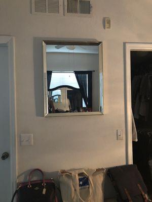 Wall mirror for Sale in Orlando, FL