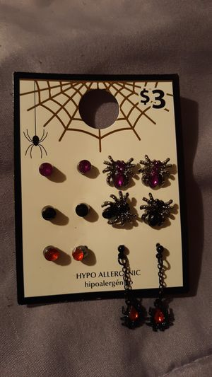 New earrings for Sale in Moreno Valley, CA