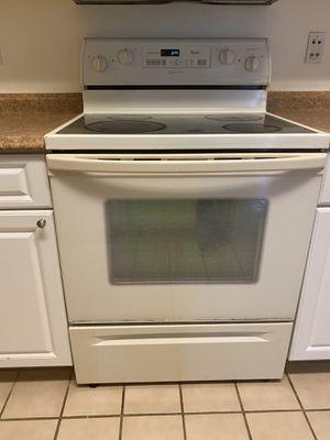 Kitchen appliances for sale: oven, fridge, microwave, dishwasher. for Sale in Orlando, FL
