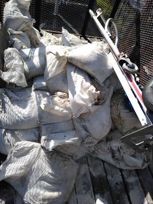 FREE sandbags clean white sand for Sale in Hollywood, FL