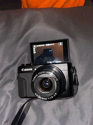Canon g7x mark ii (like new , only used once) for Sale in Fort Lauderdale, FL