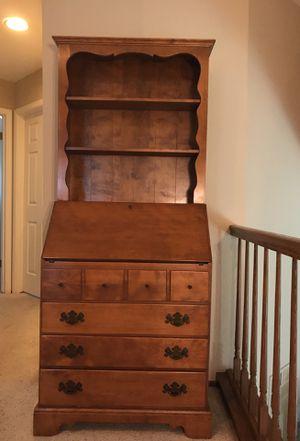 Ethan Allen Early American Solid Maple & Birch Secretary Desk for Sale in Redwood City, CA