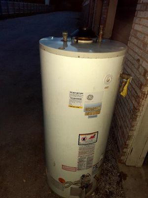 Water heater for Sale in Irving, TX