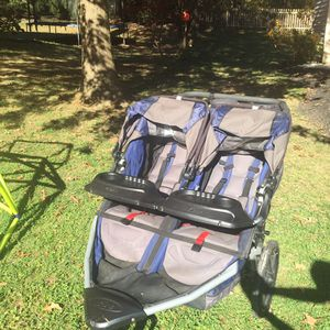 Double Stroller for Sale in Lutherville-Timonium, MD