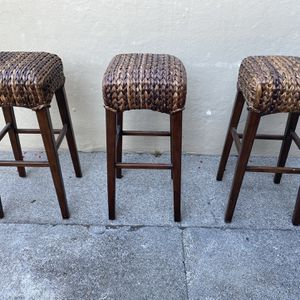 3 WICKER BAR STOOLS for Sale in San Francisco, CA