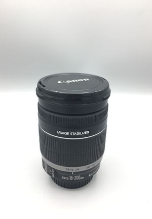 Canon 18-200mm Lens for Sale in Port St. Lucie, FL