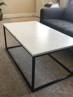 Coffee Table for Sale in Dana Point,  CA