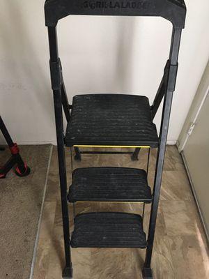 Gorilla 3-step ladder for Sale in San Diego, CA