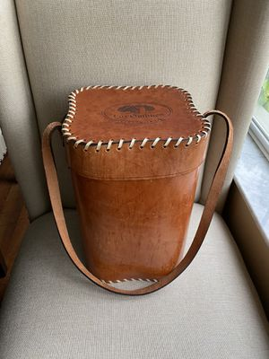 Vintage 4 Wine Bottle Leather Carrier for Sale in Wesley Chapel, FL
