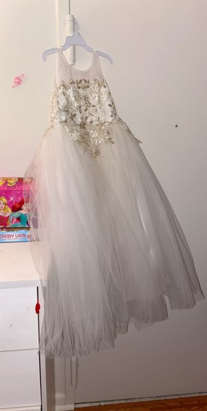 Amalee accessories flower girl dress for Sale in Rockland, MA