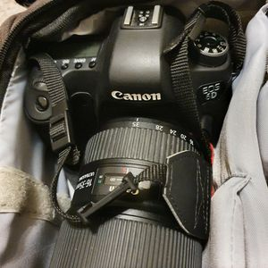 full frame camera Canon Eos 6D, body only. for Sale in Austin, TX