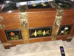 Antique Chinese trunk for Sale in Tacoma, WA