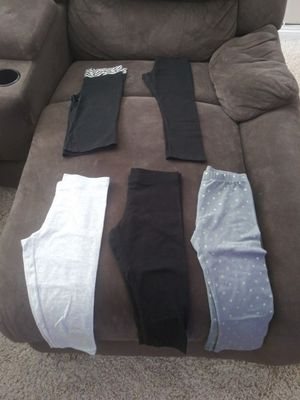 Girls Size 7/8 Capri leggings for Sale in Menifee, CA