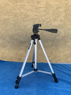 Tripod for Photography / Video for Sale in Pico Rivera, CA