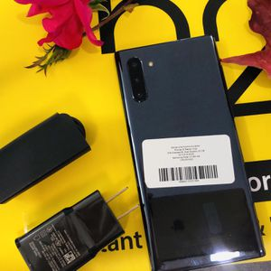 Samsung Galaxy Note 10 unlocked store warranty for Sale in Somerville, MA
