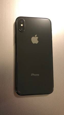 iPhone X with a 30 Day Warranty! (Unlocked) for Sale in Carson, CA