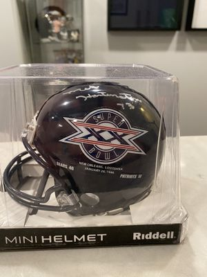 Mike Hartenstine signed Mini helmet. Super bowl champs. Affordable collection piece for any bears fan. for Sale in Normal, IL